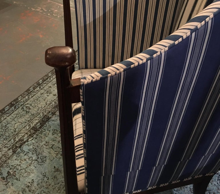 20th Century Edwardian Hall Chair in Blue and White Homespun and Ticking For Sale