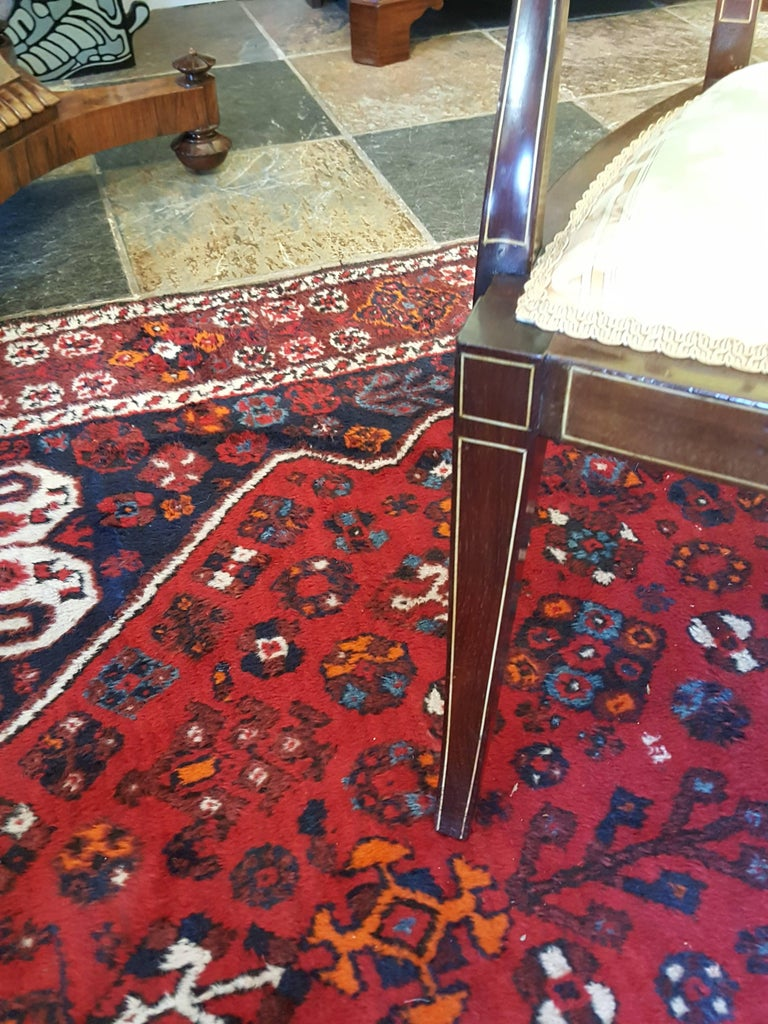 Edwardian Inlaid Mahogany Two-Seat Sofa In Excellent Condition For Sale In Altrincham, Cheshire