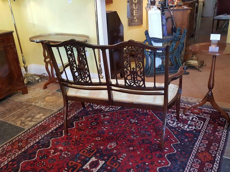 Edwardian Inlaid Mahogany Two-Seat Sofa For Sale 3