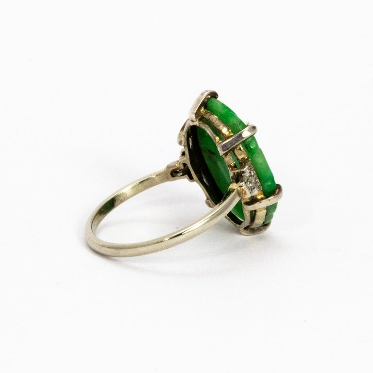 Edwardian Jade and Diamond Platinum Ring In Good Condition For Sale In Chipping Campden, GB