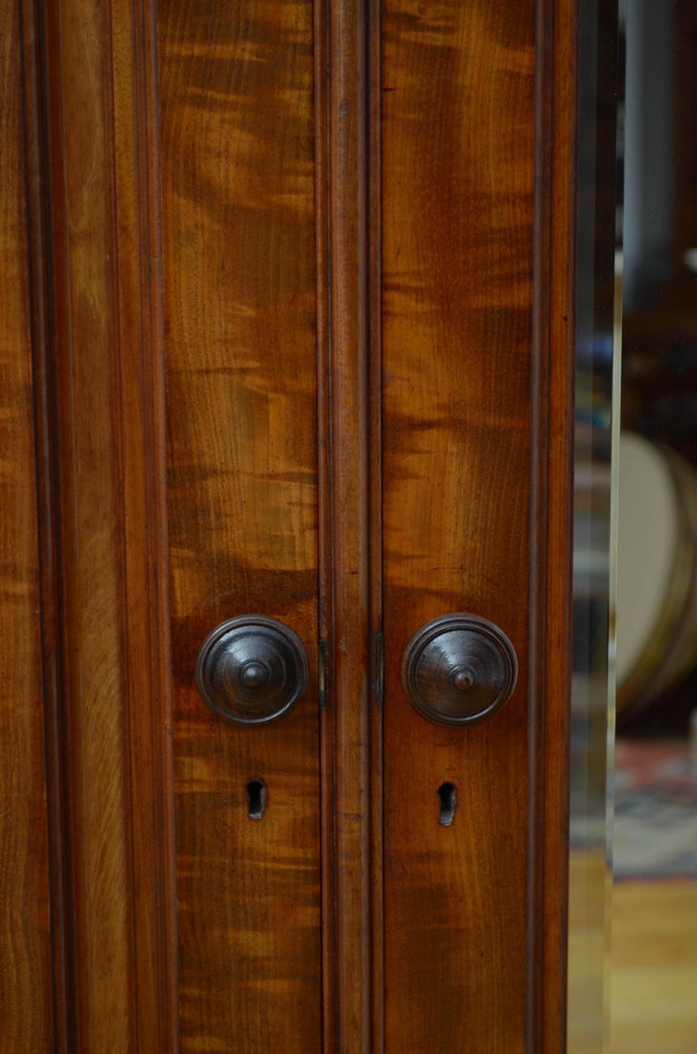 Edwardian Mahogany 3-Door Wardrobe For Sale 8