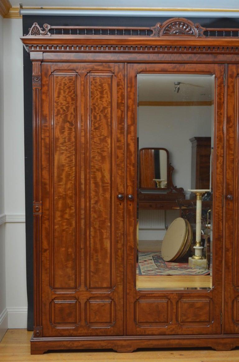 Edwardian Mahogany 3-Door Wardrobe For Sale 9