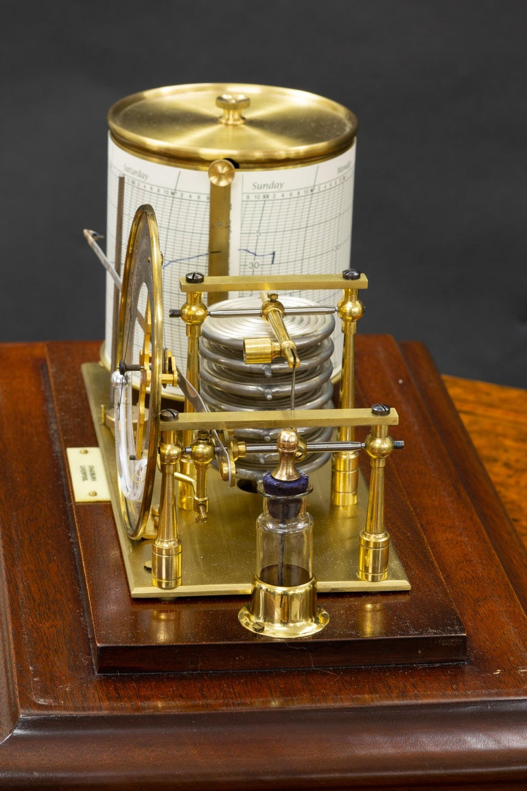 Edwardian Mahogany Cased Barograph by Chadburn, Liverpool In Good Condition For Sale In Norwich, GB