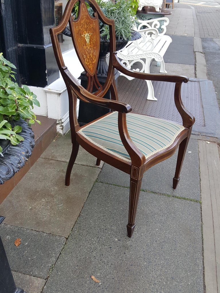 Edwardian Mahogany Inlaid Armchair In Good Condition For Sale In Altrincham, Cheshire