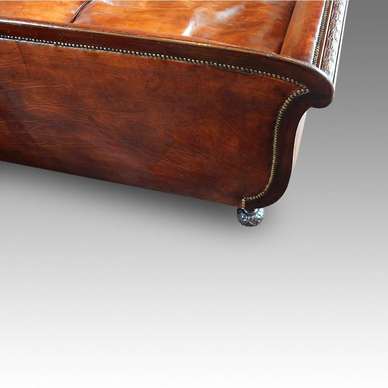 English Edwardian Mahogany Grade 1 Leather Sofa, early 20th. century, Circa 1910 For Sale 3