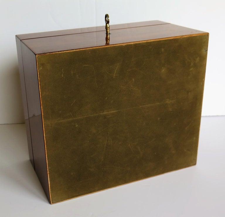 Edwardian Mahogany Lidded Box with Lock and Key Fine Quality, circa 1910 For Sale 6