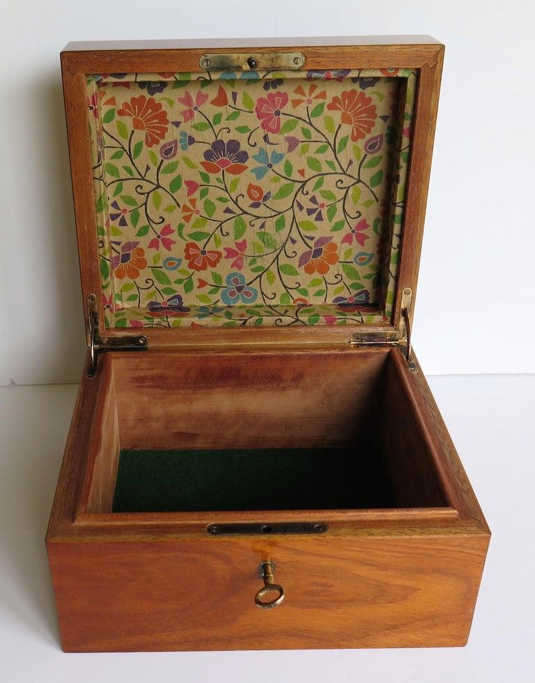 Edwardian Mahogany Lidded Box with Lock and Key Fine Quality, circa 1910 For Sale 8