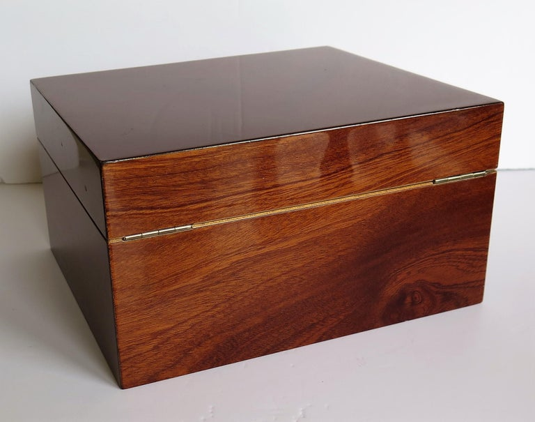 Edwardian Mahogany Lidded Box with Lock and Key Fine Quality, circa 1910 In Good Condition For Sale In Lincoln, Lincolnshire