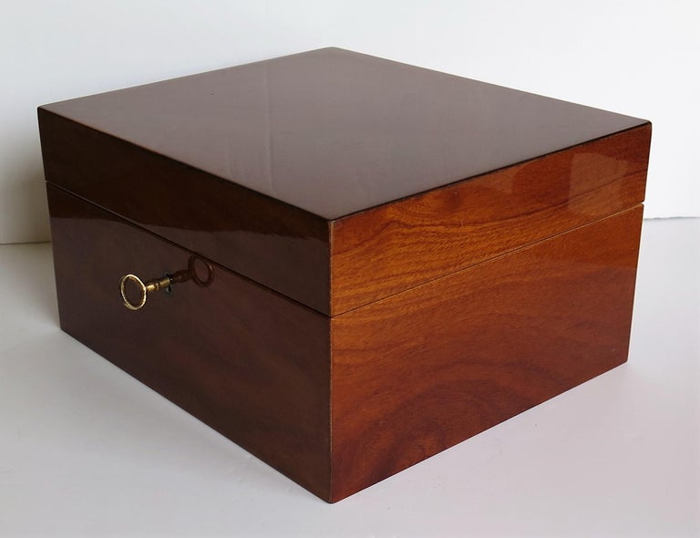 Edwardian Mahogany Lidded Box with Lock and Key Fine Quality, circa 1910 For Sale 1
