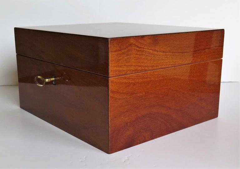 Edwardian Mahogany Lidded Box with Lock and Key Fine Quality, circa 1910 For Sale 2