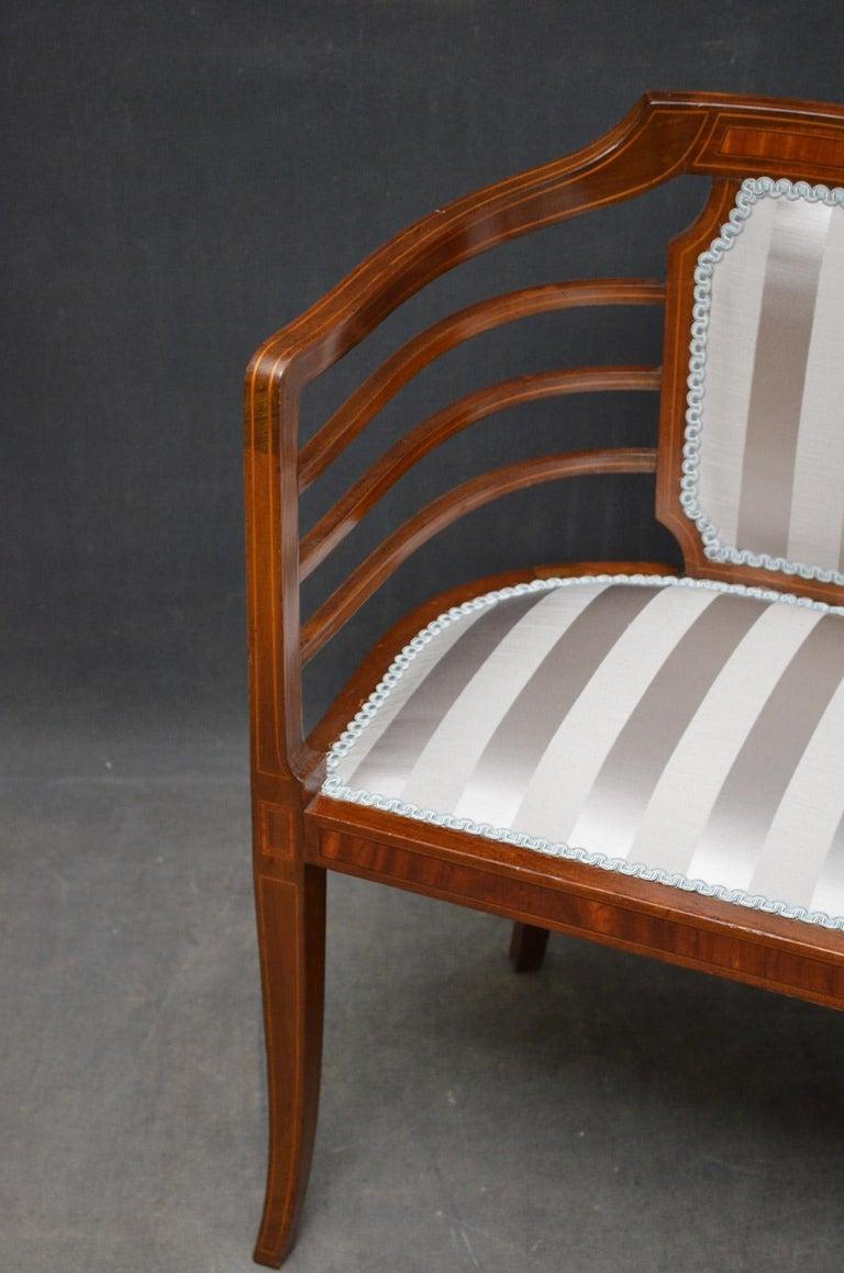 Edwardian Mahogany Settee For Sale 2