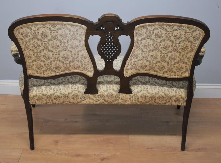 Edwardian Mahogany Three-Piece Salon Suite For Sale 5