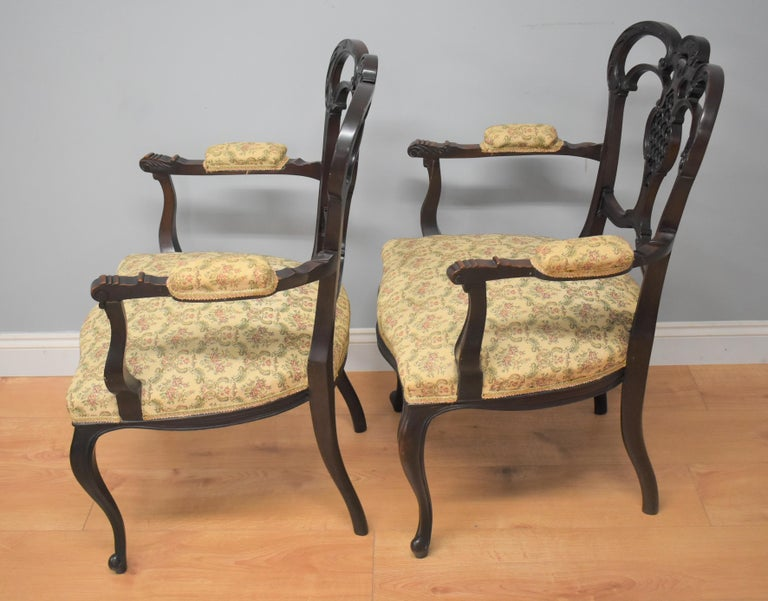 Edwardian Mahogany Three-Piece Salon Suite For Sale 12