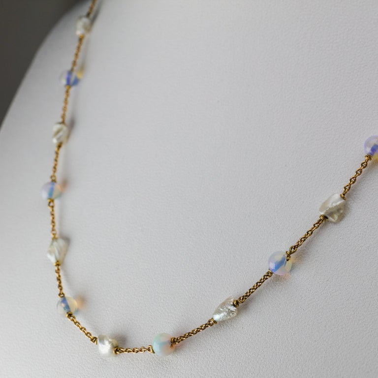 Edwardian Natural Pearl and Opal Necklace In Good Condition For Sale In Southbury, CT