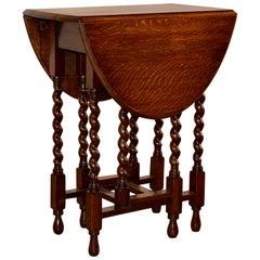 Edwardian Oak Gate Leg Table