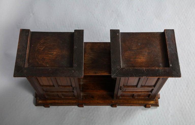Edwardian Oak Hanging or Desk Cabinet For Sale 4