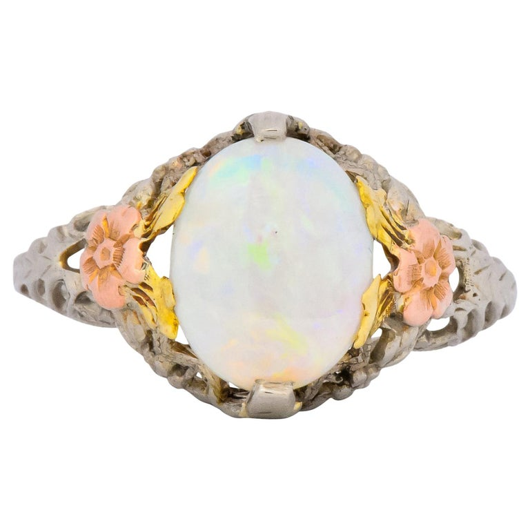 Edwardian Oval Cabochon Opal 14 Karat Tri-Colored Gold Ring For Sale
