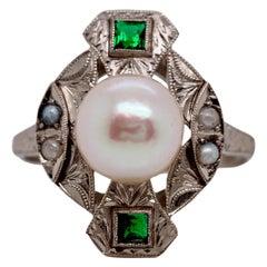 Edwardian Pearl and Emerald 18 Karat Ring, circa 1900s