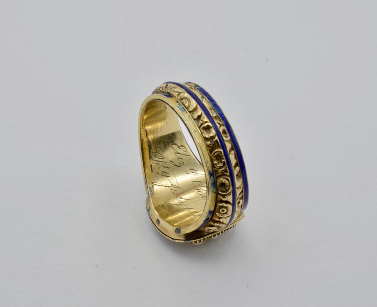 Edwardian Pearl, Coral and Blue Enamel Ring in Yellow Gold For Sale 4