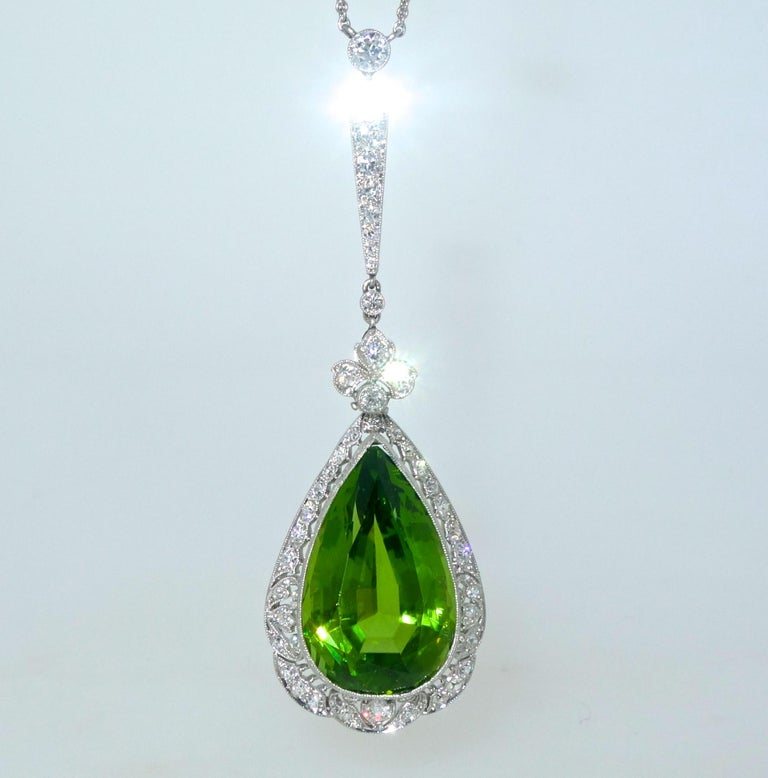 Women's or Men's Edwardian Peridot and Diamond Necklace, Shreve & Co., circa 1918 For Sale
