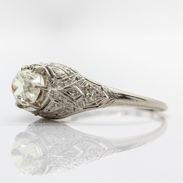 Edwardian Platinum Diamond Engagement Ring In Excellent Condition In Miami, FL