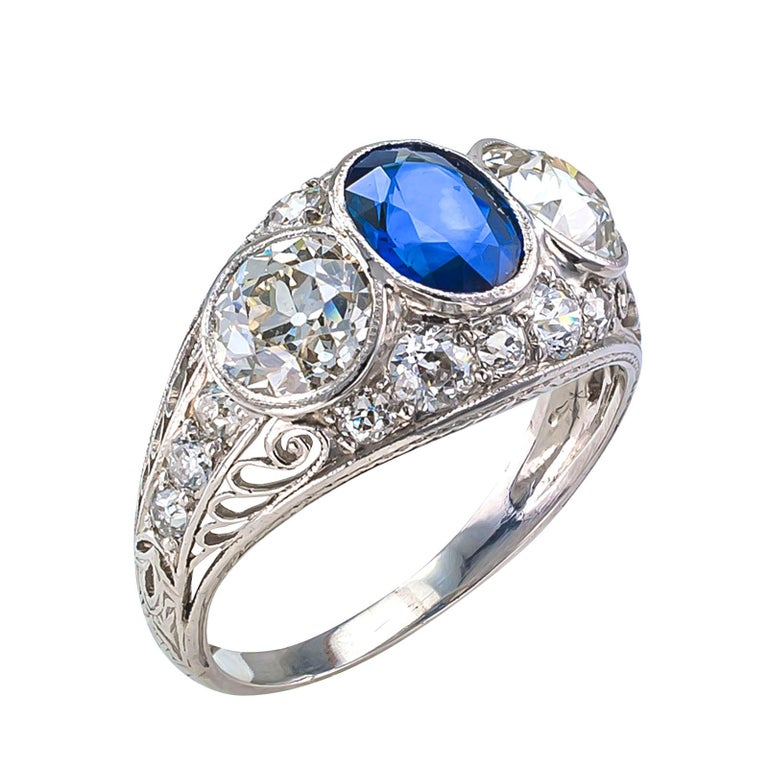 Edwardian Sapphire Old European Cut Diamond Three-Stone Platinum Ring In Good Condition For Sale In Los Angeles, CA