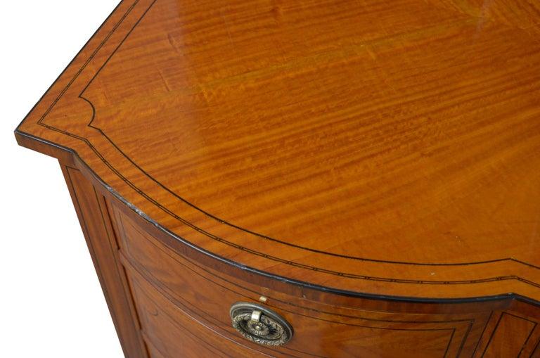 Edwardian Satinwood Dressing Table For Sale 4