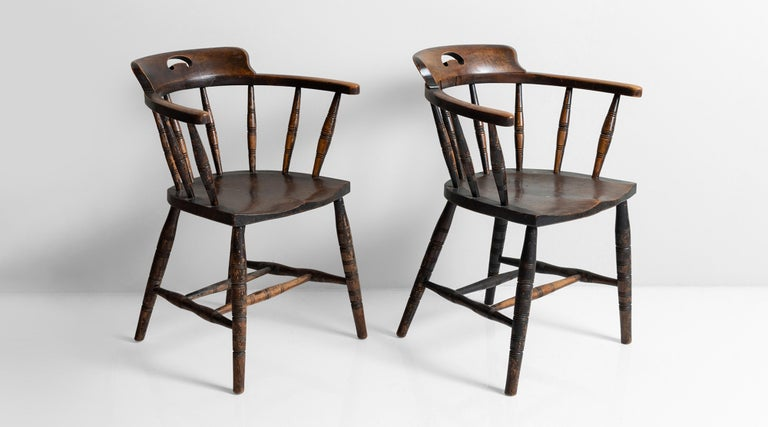 Edwardian Smokers Bow Chairs, England, circa 1910 In Good Condition For Sale In Culver City, CA