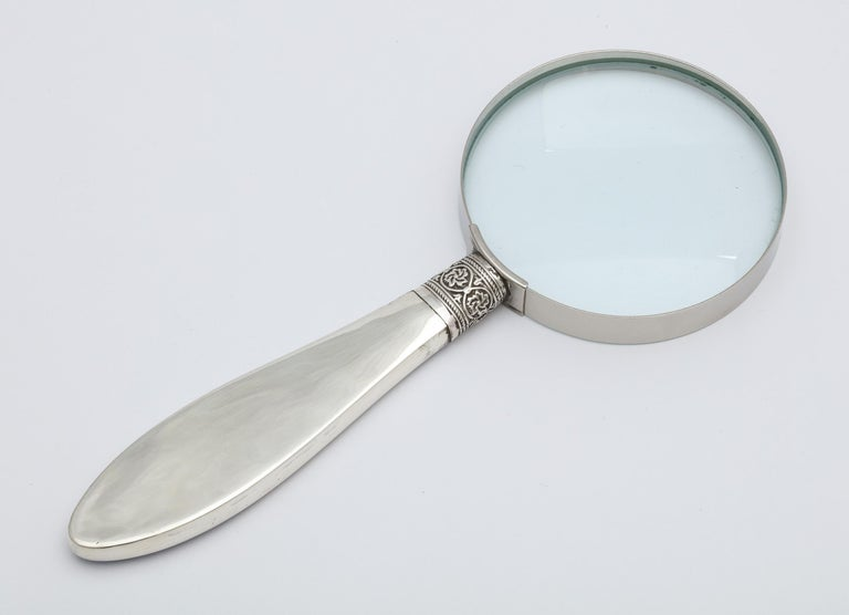 Edwardian Sterling Silver and Dark Blue Enamel, Mounted Magnifying Glass For Sale 2