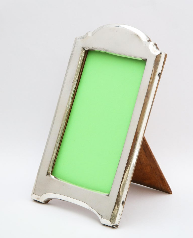 English Edwardian Sterling Silver Hump-Top Picture Frame with Wood Back For Sale