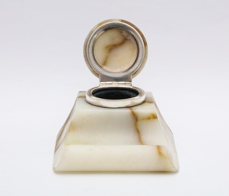 Edwardian Sterling Silver-Mounted Onyx Inkwell For Sale 4