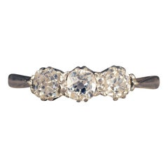 Edwardian Three-Stone Diamond Ring in 18 Carat White Gold and Platinum