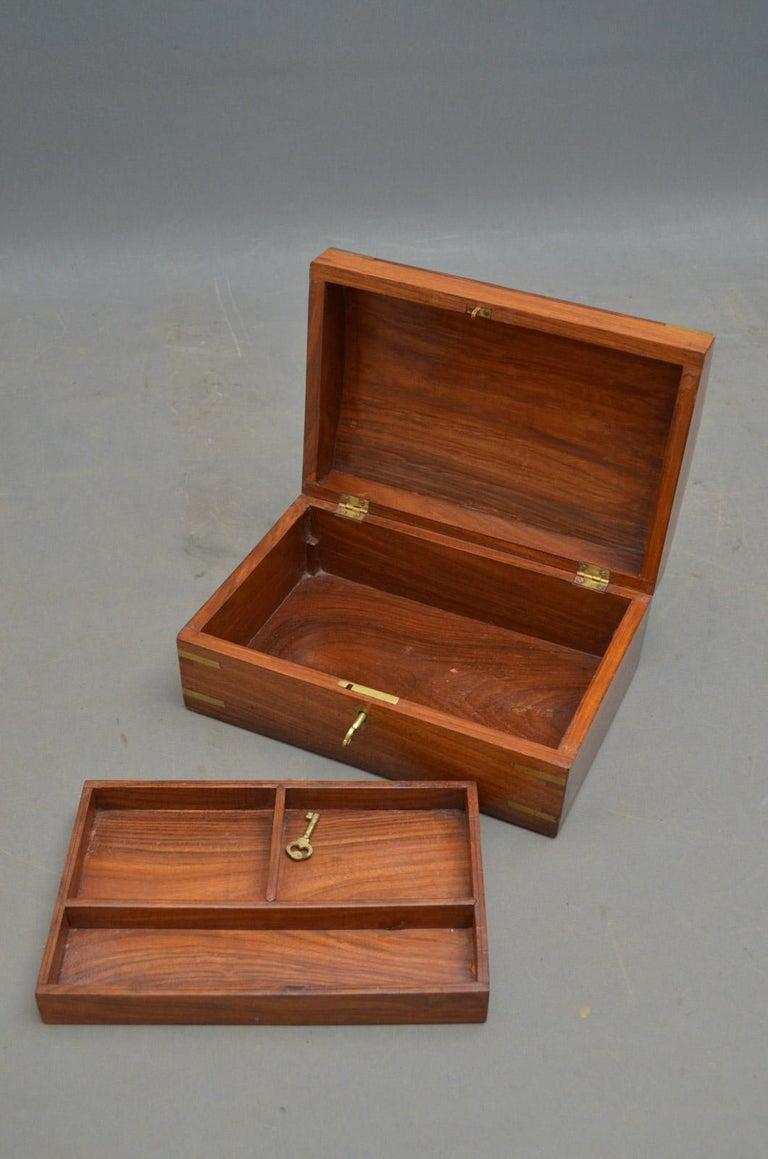 Edwardian Walnut Jewelry Box For Sale 1