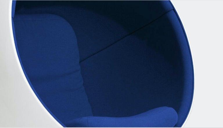 Finnish Eero Aarnio Ball chair in Kvadrat Hallingdal Blue 750 For Sale