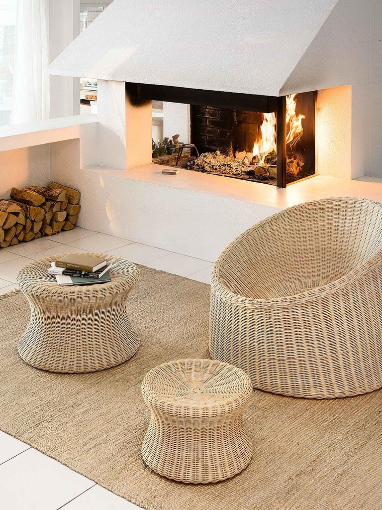 Eero Aarnio Black Poly-Rattan Elephant Boot Chair In New Condition For Sale In New York, NY