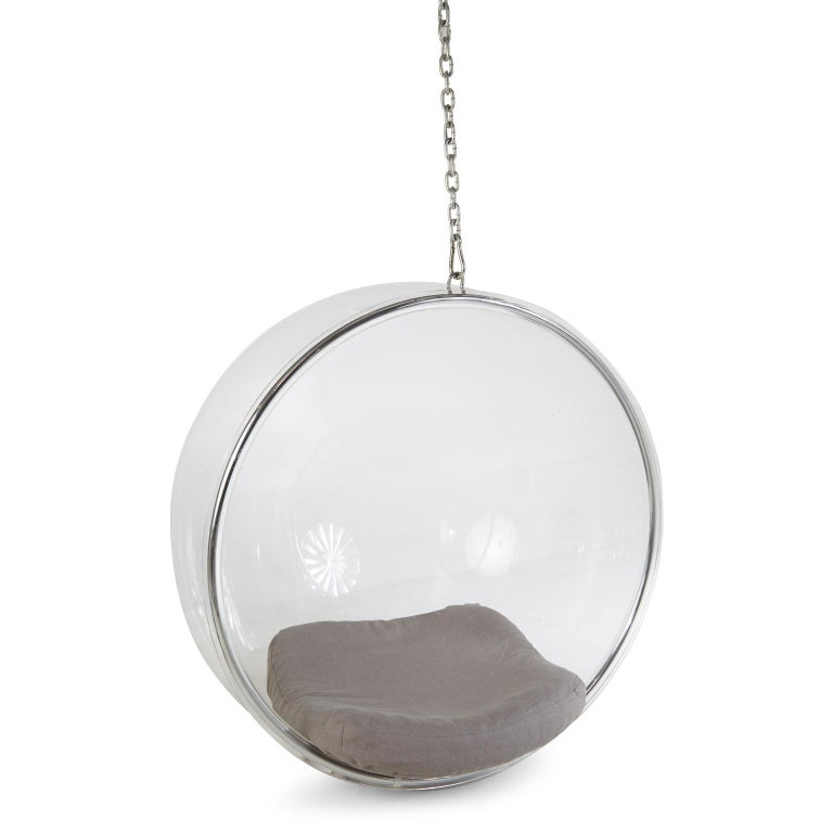 Eero Aarnio for Adelta Lucite Hanging Bubble Chair In Excellent Condition For Sale In Los Angeles, CA