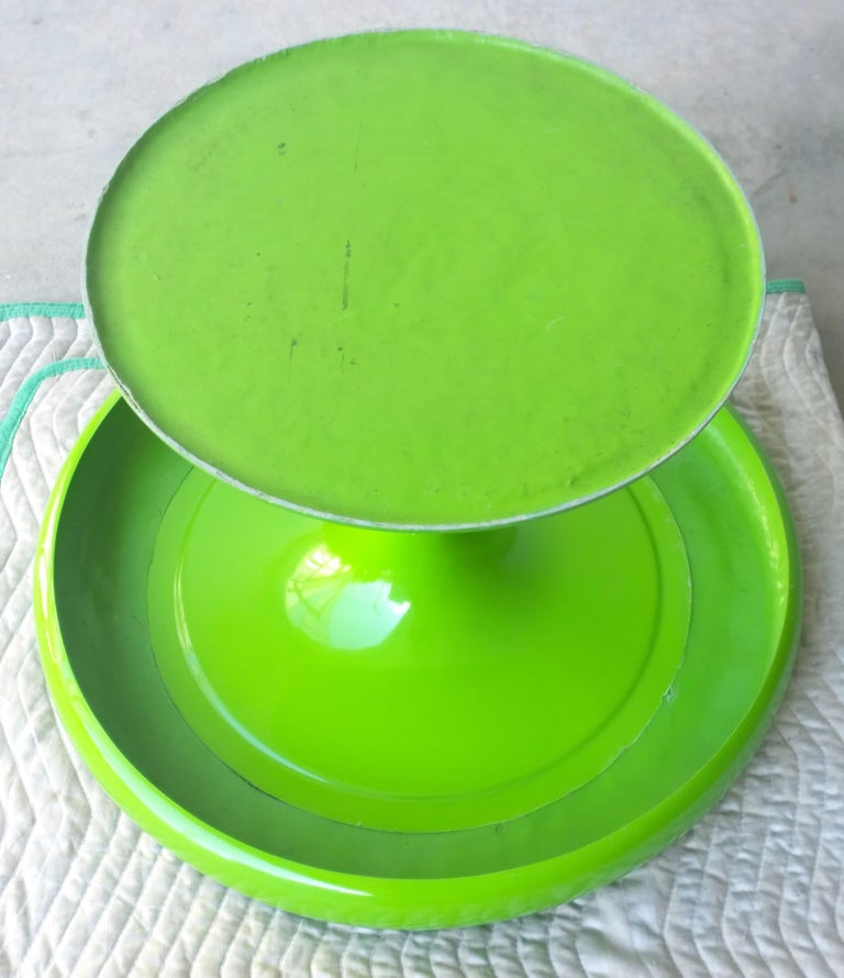 Eero Aarnio Kantarelli Molded Plastic Green Fiberglass Occasional Side Table For Sale 13