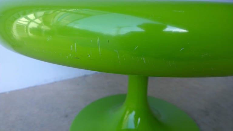 20th Century Eero Aarnio Kantarelli Molded Plastic Green Fiberglass Occasional Side Table For Sale