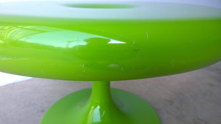Eero Aarnio Kantarelli Molded Plastic Green Fiberglass Occasional Side Table For Sale 1