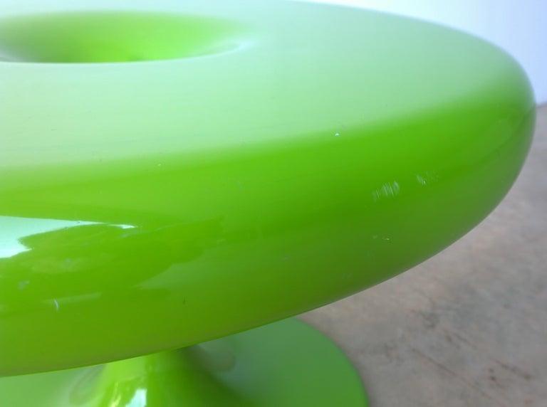 Eero Aarnio Kantarelli Molded Plastic Green Fiberglass Occasional Side Table For Sale 2