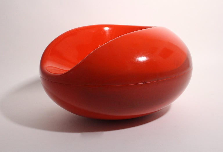 Mid-20th Century Eero Aarnio Space Age Pastille Vintage Red Fiberglass Armchair, 1960s, Finland For Sale