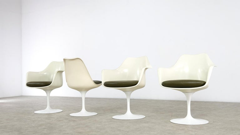 Aluminum Eero Saarinen Early Tulip Armchair 150 and Sidechair 151 for Knoll International For Sale