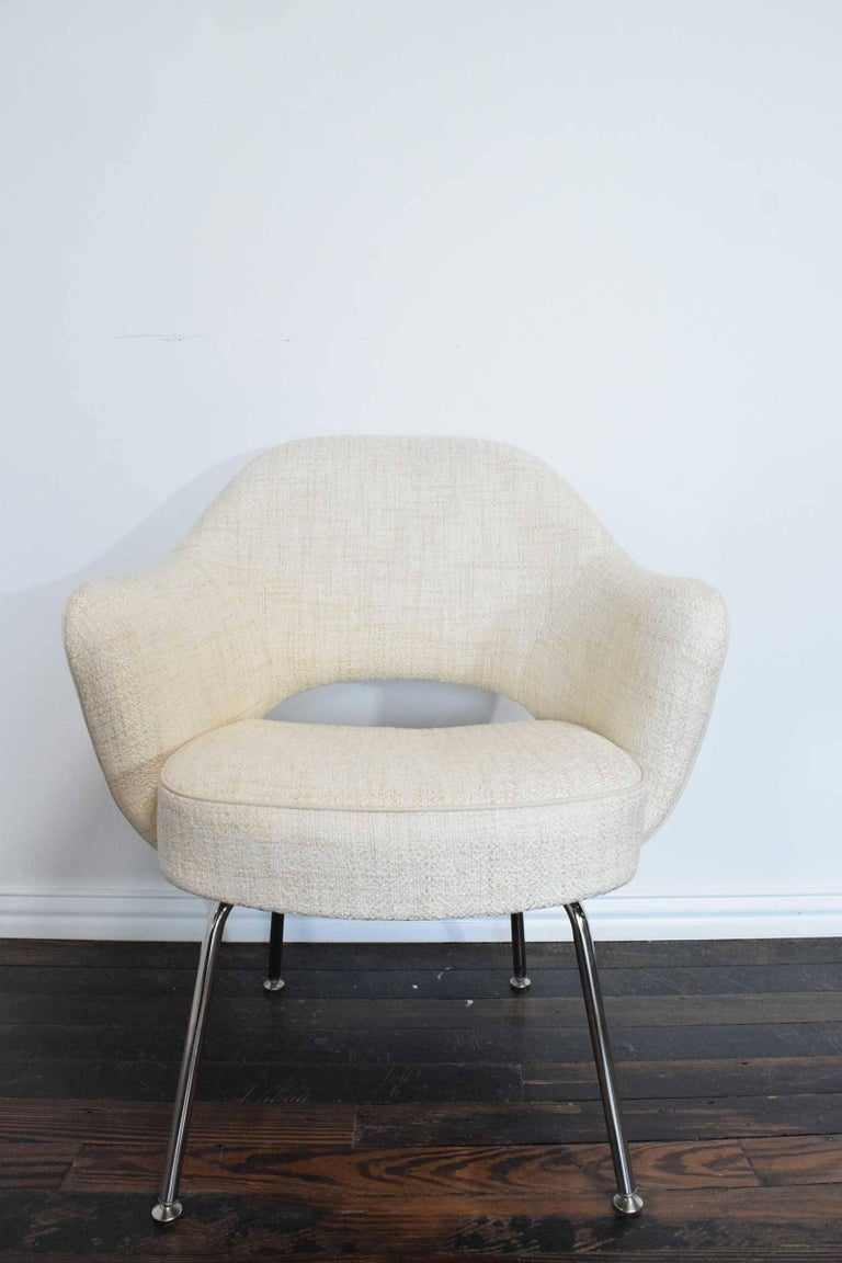 We have up to ten available in this upholstery which is a Knoll textile with Bergamo piping. Or you can do in a fabric of your choice.