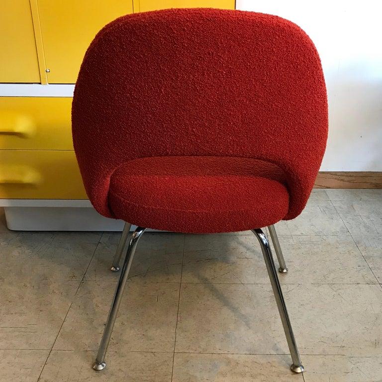 Mid-Century Modern Eero Saarinen Executive Side Chair Chrome Legs For Sale
