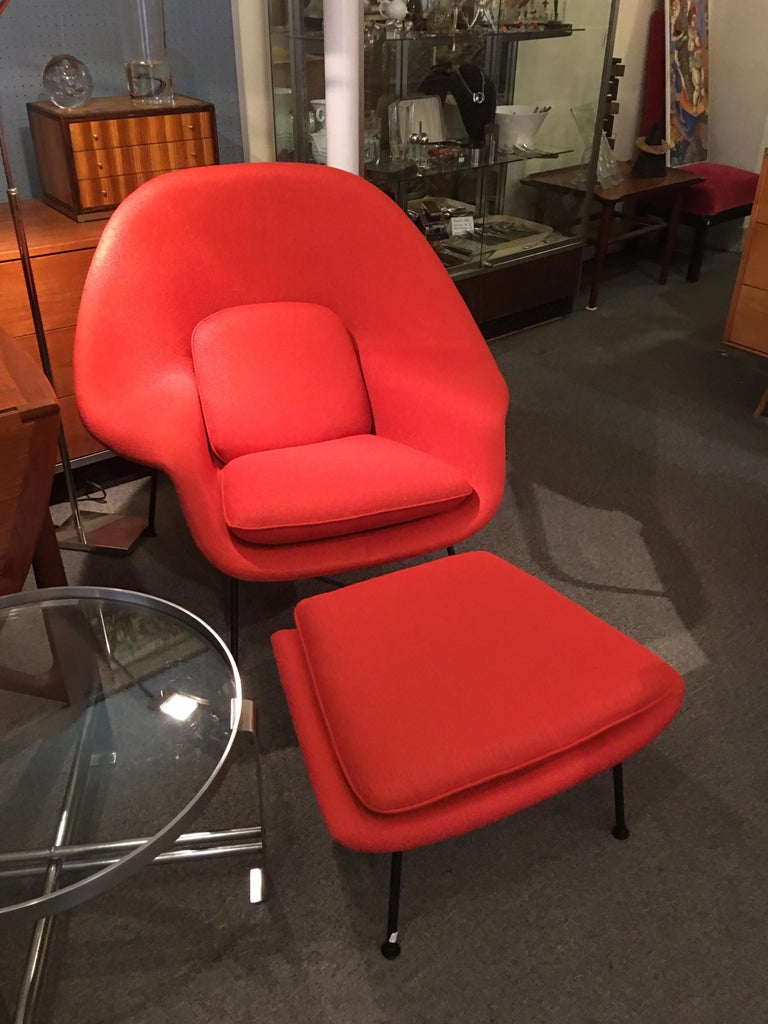 Eero Saarinen for Knoll 1950s Womb Chair and Ottoman For Sale 8