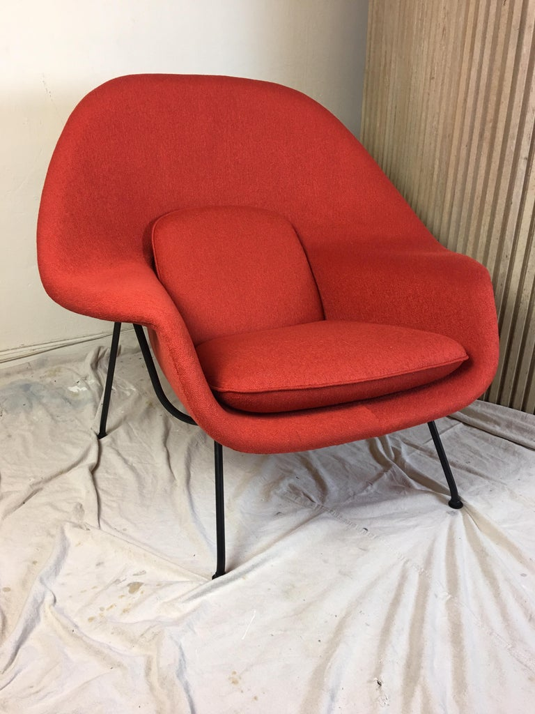 American Eero Saarinen for Knoll 1950s Womb Chair and Ottoman For Sale