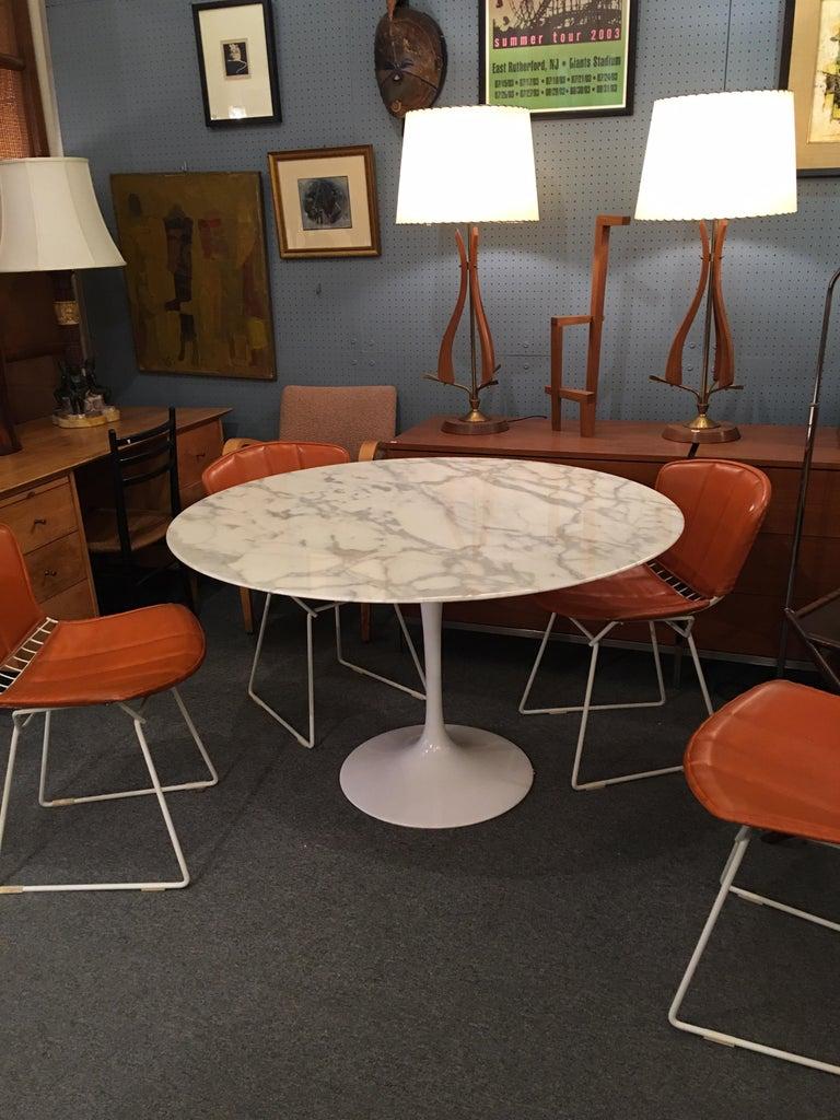 Aluminum Eero Saarinen for Knoll Marble Table For Sale