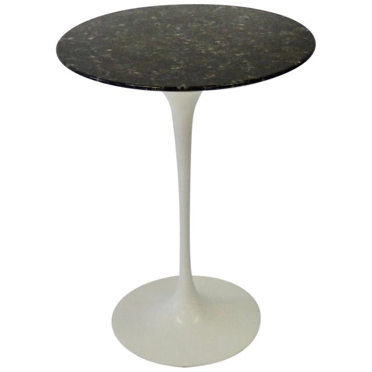 Eero Saarinen for Knoll Custom Black Stone Top on Early Tulip Table Base Base For Sale