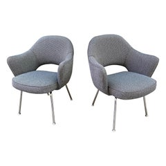Eero Saarinen for Knoll Executive Pair of Chairs