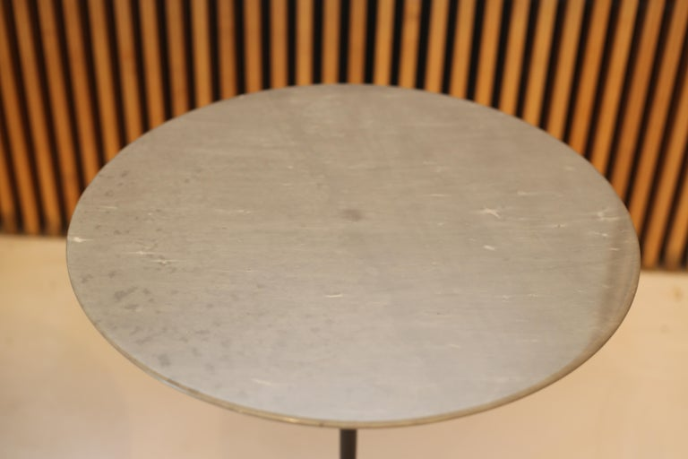 American Eero Saarinen for Knoll Gray Marble Tulip Side Tables For Sale